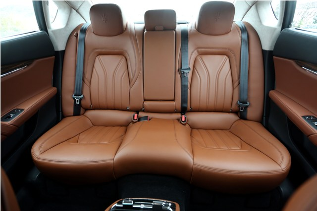 Maserati Quattroporte Diesel (14)