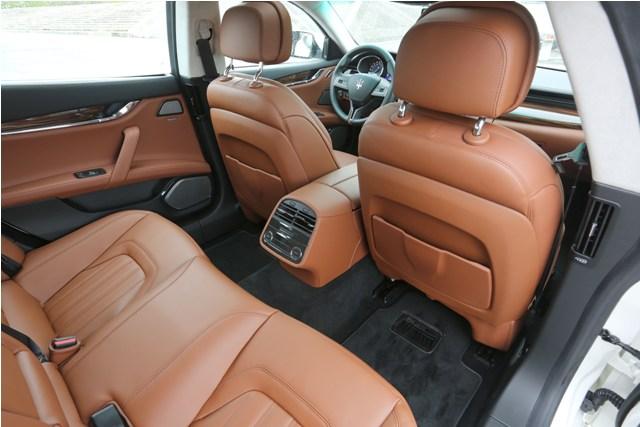 Maserati Quattroporte Diesel (15)